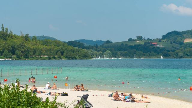 Lac De Paladru Plage