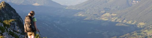 Randonneuse Au Grand Som, Vue Sur Le Granier